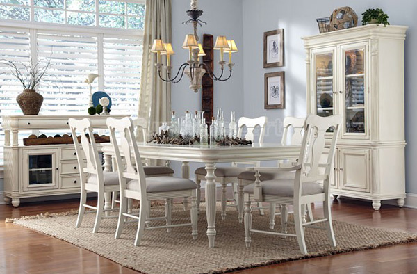 Eastport-Dining-Room-Table